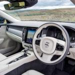 Μαγεμένοι πίσω από το τιμόνι του Volvo V90 D4
